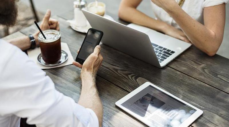 Cep telefonlarının ve dizüstü bilgisayarların sağlığınızı etkilememesinin beş yolu