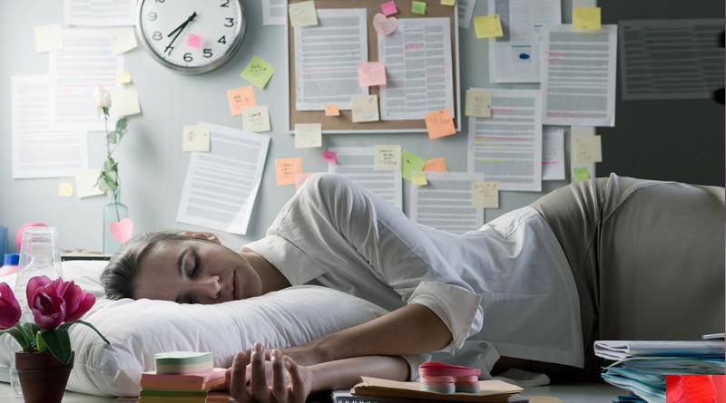 Yorgun Hissetmenin 12 Tıbbi Nedeni